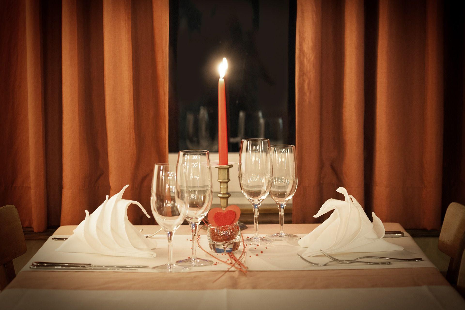 Organiser une soir e romantique pour son homme fashion designs - Organiser une soiree romantique ...