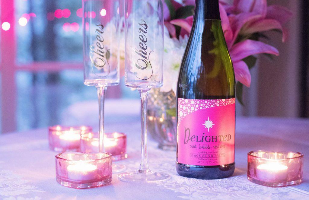 Vous pouvez opter pour un cocktail au champagne, en apéritif. Photo Pixabay